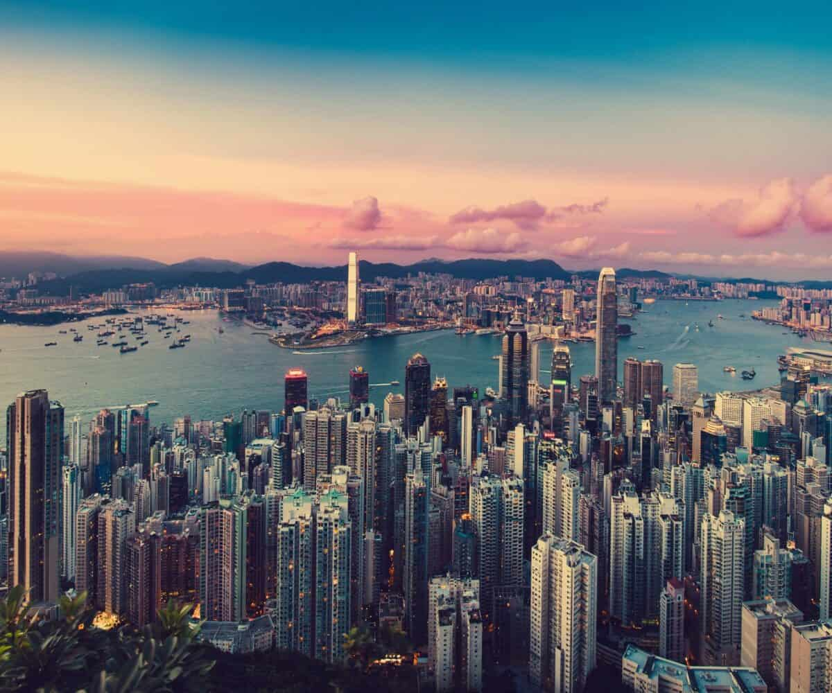 https://casanostra.ae/6-most-luxurious-cities-in-the-world-hong-kong